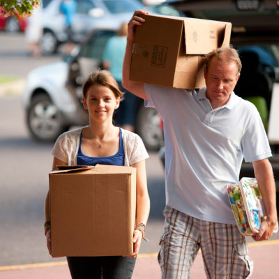 Student with dad moving in
