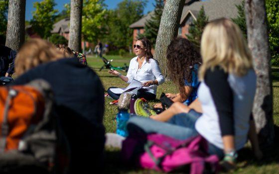 Outdoor class Native American studies